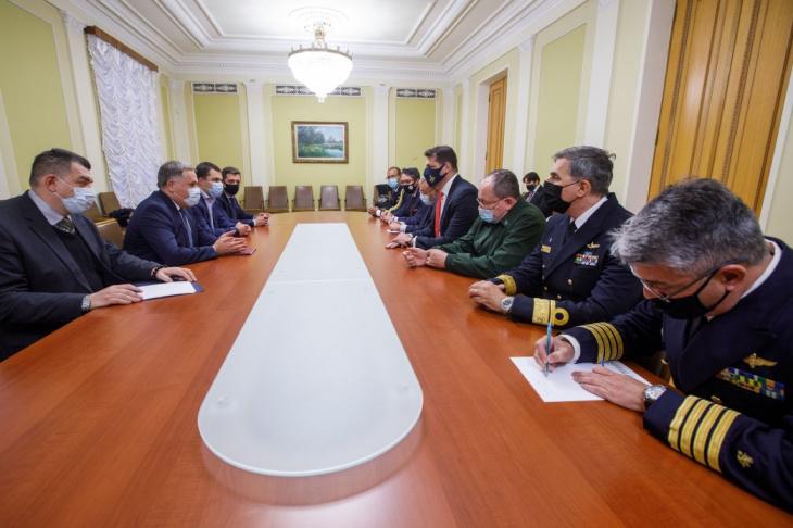 бразилія - o vice-chefe da casa civil da ucrânia participou do diálogo da indústria de defesa entre a ucrânia e o brasil
